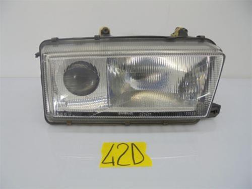 FORD Courier MK2 1996-2000 CROMATA PROIETTORE FANALE Anteriore O//S Drivers Destro